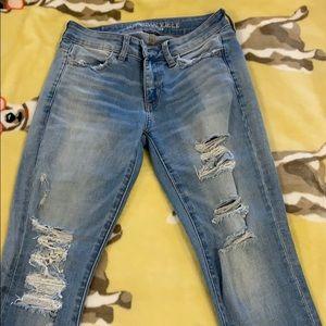 American eagle destructed skinny jeans